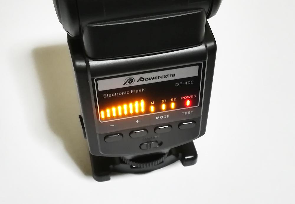 Powerextra DF-400 3,000円前後で買える激安ストロボ